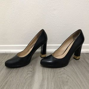 Nine West size 8 black heels